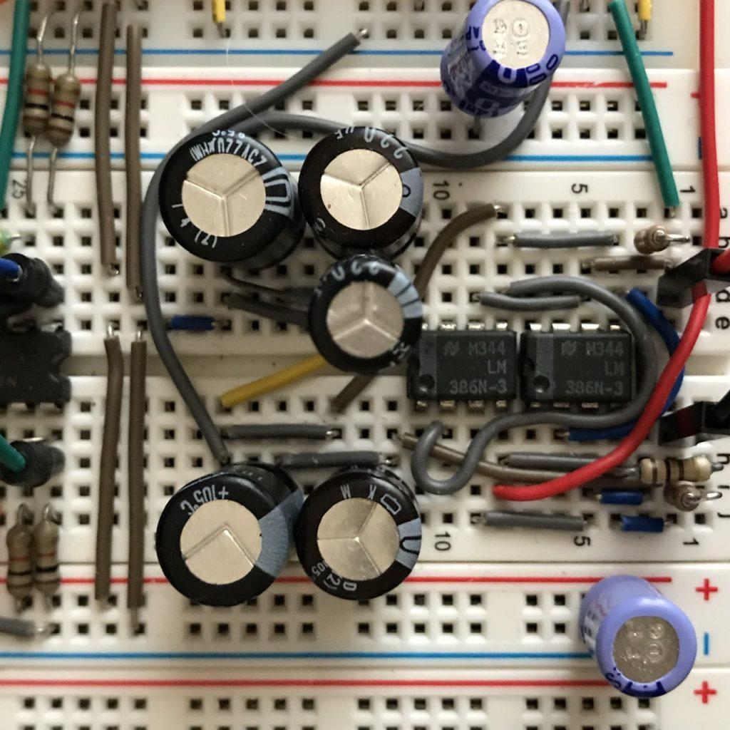 オペアンプで両電源を作る