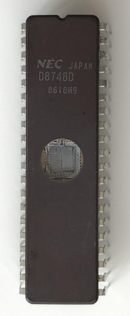 uPD8748D
